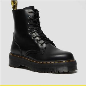 ISO trades for dr martens
